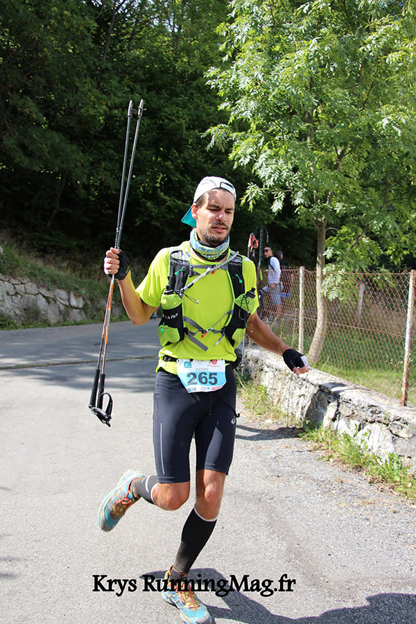 Arrivée à Vignec (Krys RunningMag.fr)